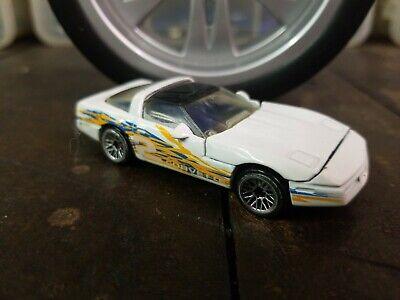 Hot Wheels Mainline #616 80's Corvette White 1997