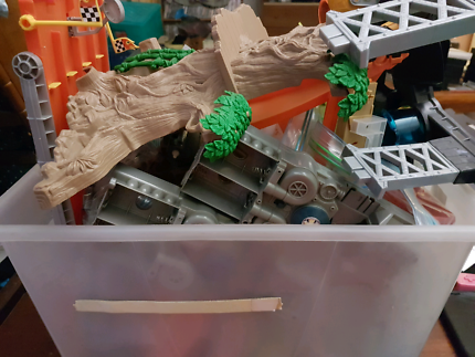 Race track, various sets, Hot Wheels, Impact Zone, water play