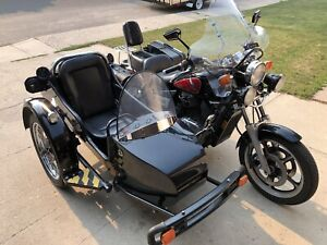 Gorgeous 85 Shadow 1100 w sidecar and reverse !!!