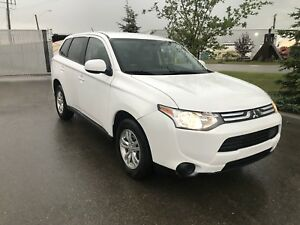 CERTIFIED 2014 Mitsubishi Outlander only 89885