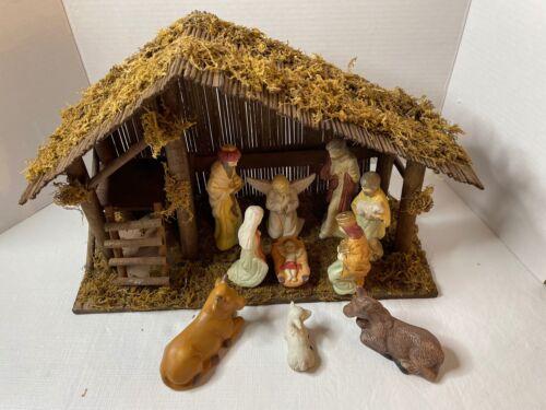Christmas Ceramic 11 piece Ceramic Nativity w/ Creche Stable Barn Manger Jesus**