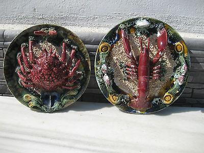 juego de platos ceramico para colgar decorado en su interior con frutos del mar