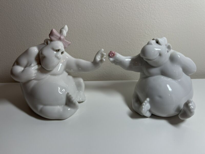 """Nao By Lladro """"One Last Wish"""" & """"For You My Love"""" Male Female Gorilla Figurines"""