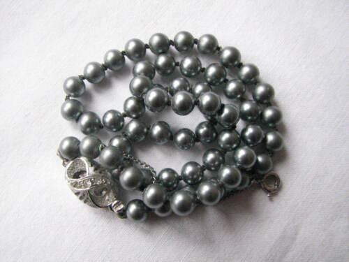 Vintage Black  Pearl Knotted Necklace Lovely Clasp