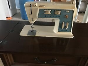 Sewing machine with table.