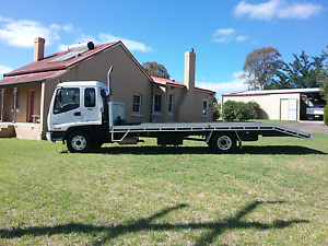 Isuzu 500 beaver tail truck hidden ramps Goulburn Goulburn City Preview