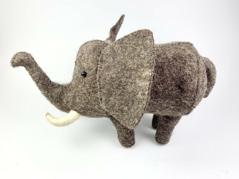 Piggy Bank Oliver Elephant Wool with Zippered Closure