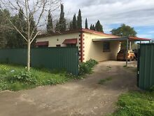 3 bedroom house ,land also available up to 3 acres Munno Para Downs Playford Area Preview