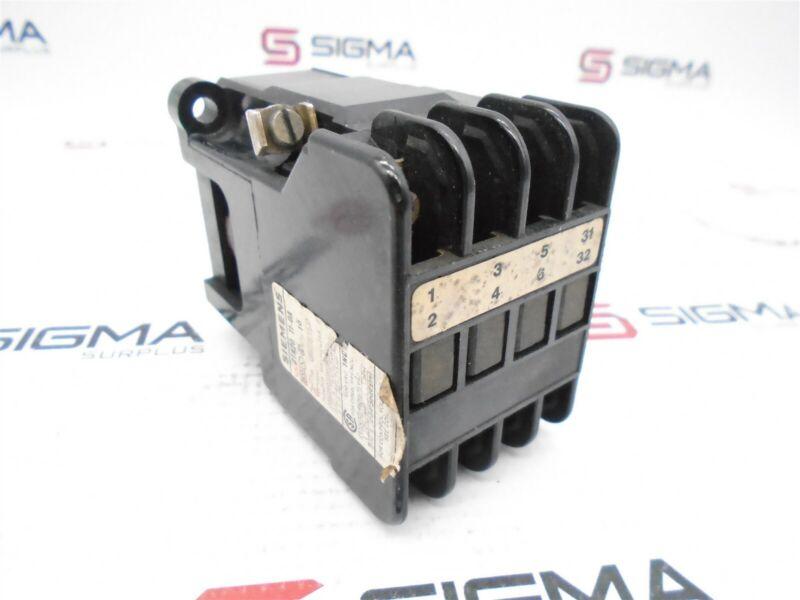 Siemens 3TA20 11-0A Contactor 600VAC
