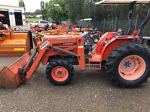 KUBOTA L4300 WITH FRONT END LOADER Hexham Newcastle Area Preview