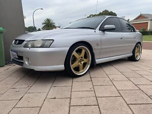 2003 VY SS Commodore
