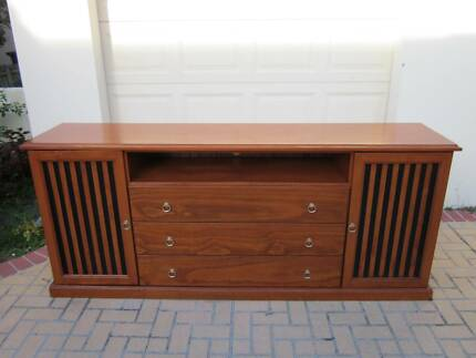 LARGE SOLID TIMBER BUFFET/TV UNIT, 2.3 MTS LONG!