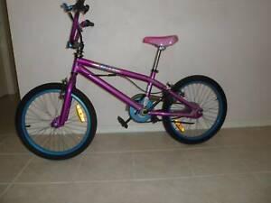 bike BMX very good condition womens