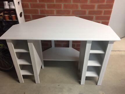Desk ( IEKA corner Desk )
