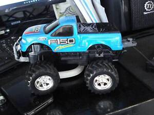TOY CAR F150 UTE WITH CONTROLLER BATTERY OPERATED