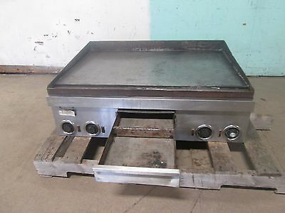 Toastmaster 7336 Heavy Duty Nsf Commercial 36w Dual Phase Electric Griddle