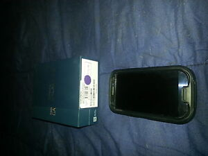 selling a samsung galaxy s3 16gb with case