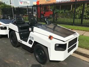 Tow tug Toyota 44,000kg towing capacity, diesel powered, auto Minchinbury Blacktown Area Preview