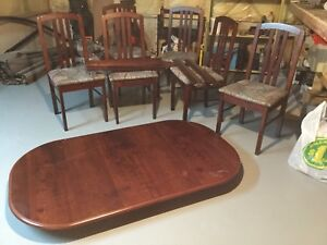 Wood Table & chairs