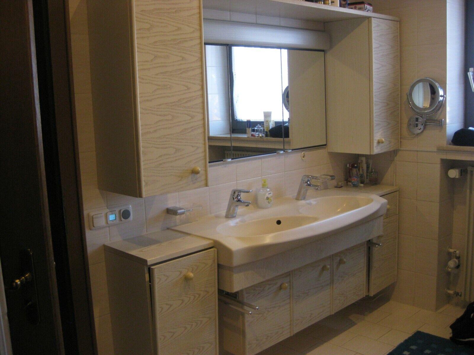 Badmöbel Bad Möbel Schränke mit Waschbecken Spiegelschrank