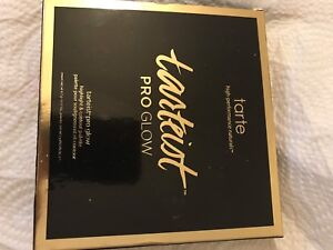 New in box TARTE  makeup highlight and contour palette