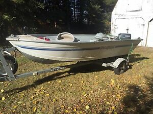 14' aluminum fishing boat , motor and trailer