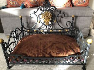 Wrought iron dog bed❗️