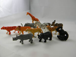 Toy Plastic Wild or Zoo Animals - Lion Bear Elephant Tiger Giraffe 12 Animals