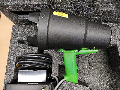 Magnaflux 621311 Zb-100f 220v 50hz Fan-cool Ultraviolet Black Light With Cart