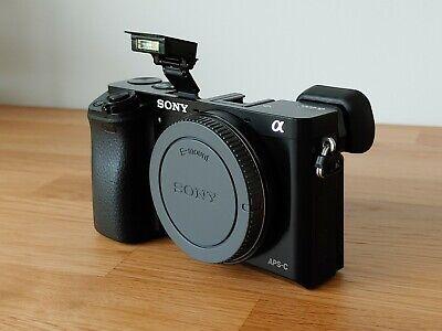 Sony A6000 Black (BODY ONLY)