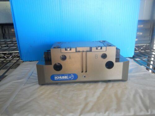 Schunk, Pneumatic Robotic Parallel Gripper, PGN+125/2    371153