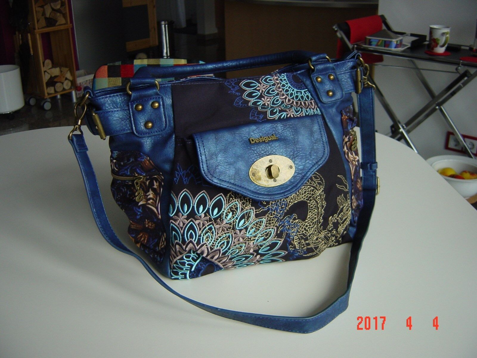 Desigual Damen Handtasche Shopper Blau neuwertig, top
