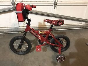 Lightning McQueen Child's bike with training wheels
