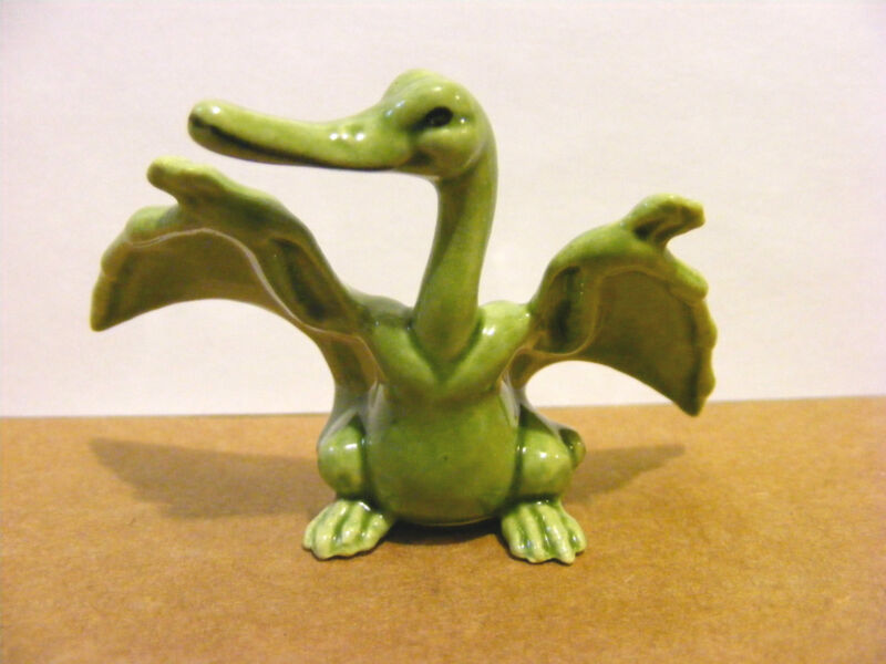 Hagen Renaker Pterodactyl, Miniature Animal Figurine, Dinosaur, Support Wildlife