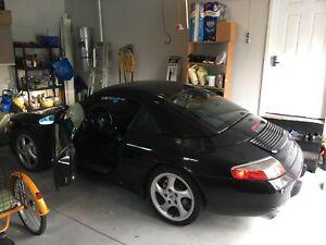 Porsche 911 Carrera 4 convertible