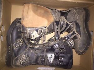 Youth size 8 dirtbiking boots