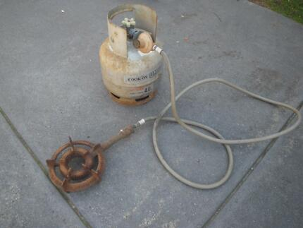 CAST IRON RING BURNER HOSE REGULATOR FULL LPG GAS BOTTLE Maribyrnong Maribyrnong Area Preview