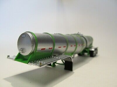 DCP FIRST GEAR 1/64 SCALE POLAR DROP CENTER TANKER, SILVER, LIME GREEN UNDERCARR