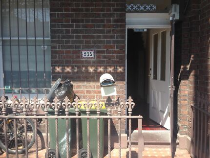 Large bedroom to rent in Carlton Townhouse Carlton Melbourne City Preview