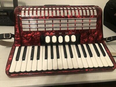 Hohner Concerto lll S pre-owned Accordion