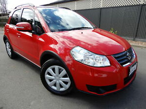 2013 Suzuki SX4 GYA MY13 Crossover Navigator Red 6 Speed Constant Variable Hatchback Glenelg East Holdfast Bay Preview