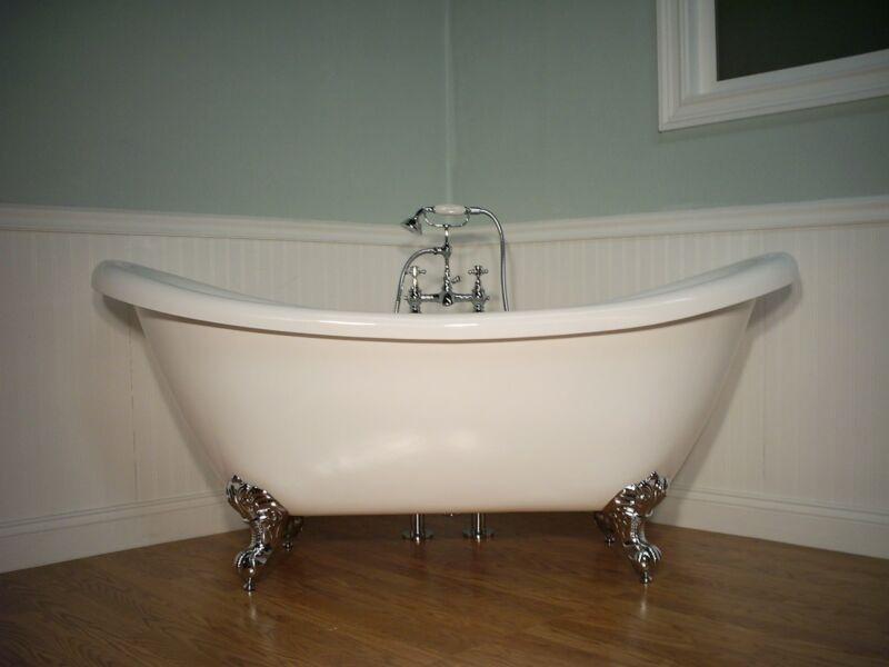 DOUBLE  SLIPPER CLAWFOOT BATHTUB & FAUCET pedestal tub