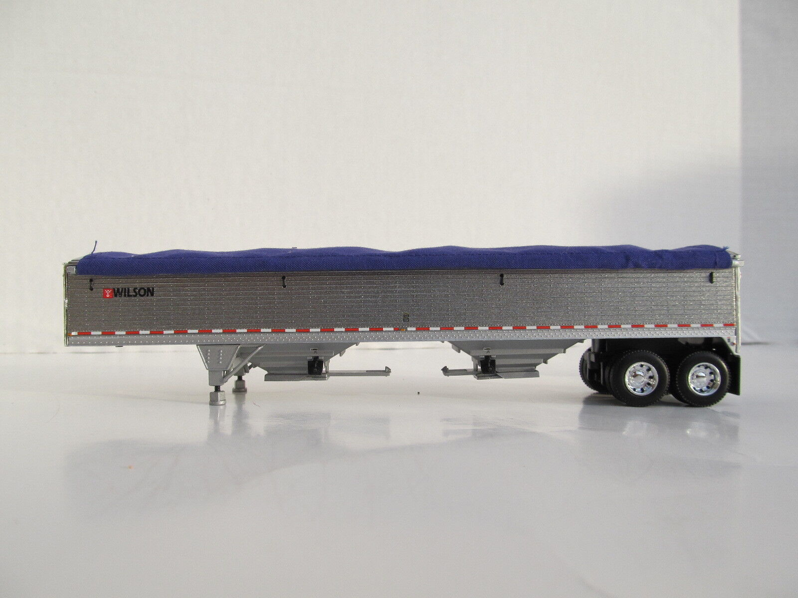 DCP 1/64 SCALE WILSON GRAIN TRAILER PEWTER WITH PURPLE TARP AND SILVER HOPPERS