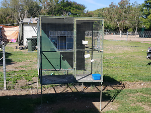 Bird cage off the ground Lissner Charters Towers Area Preview