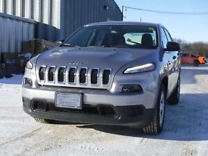 2017 Jeep Cherokee Sport ~ FWD, Bluetooth, 5 Inch Touch Screen!