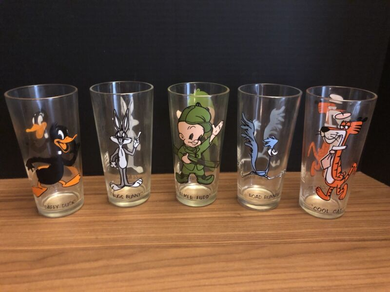 5 Warner Bros. Looney Tunes Pepsi Collector Series Glasses 1973 Lot Great Cond!