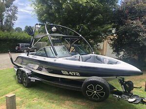 2012 Camero Vision 21i Ski Boat