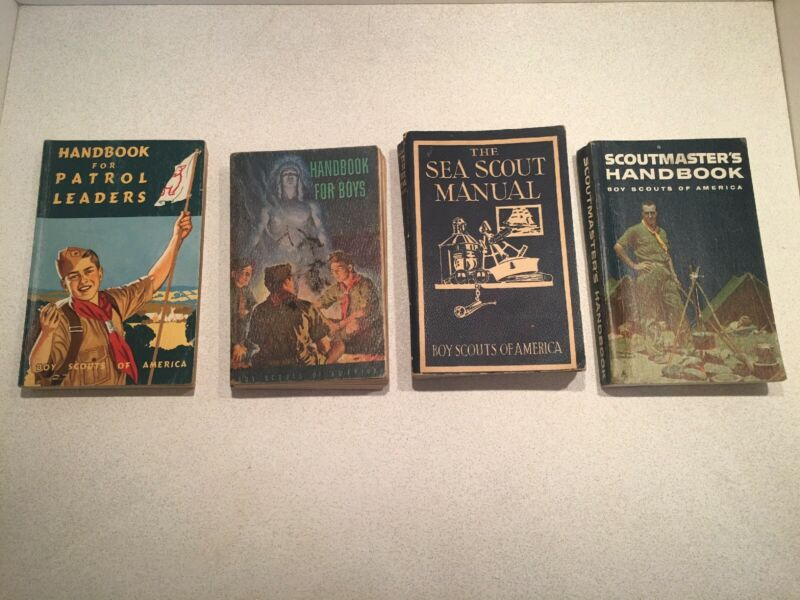 VINTAGE Lot Of 4 BOY SCOUT HANDBOOK BOOKS