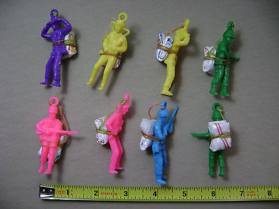 8x Multi Color Parachute Army Guys (NEW) Toy Soldier Men Party Favors