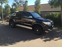2013 Toyota Hilux SR5 (12 months new car warranty left) Springfield Lakes Ipswich City Preview